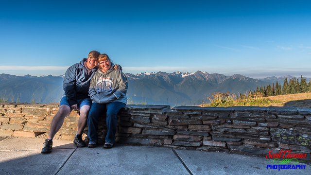 Couple at the Hurricane Ridge Overlook